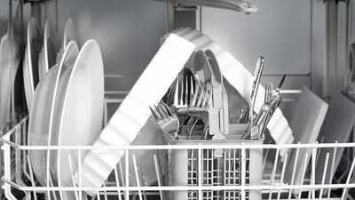 Mon lave-vaisselle laisse des traces sur les verres. Que faire ?
