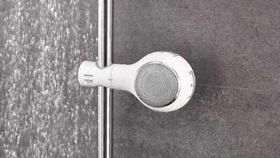 La radio et l'enceinte pour salle de bains