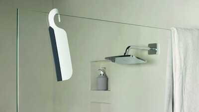 Raclette pour une salle de bains