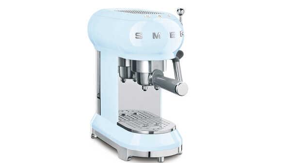 Cafetière Expresso ECF01PBEU bleu azur SMEG