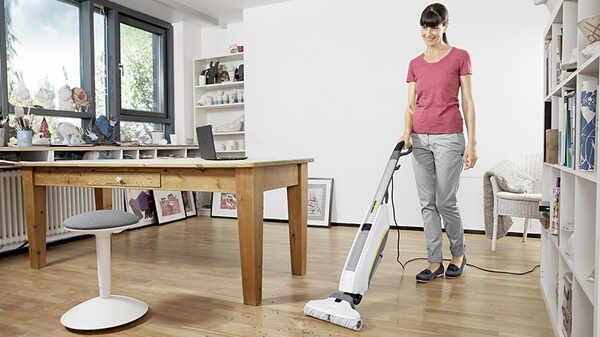 Découvrez le nouveau nettoyeur de sols FC5 Premium de Kärcher