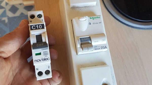 Comment choisir facilement ses fusibles et autres commandes modulaires