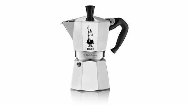 Machine à café cafetière italienne Bialetti Moka Express 6 tasses pas cher